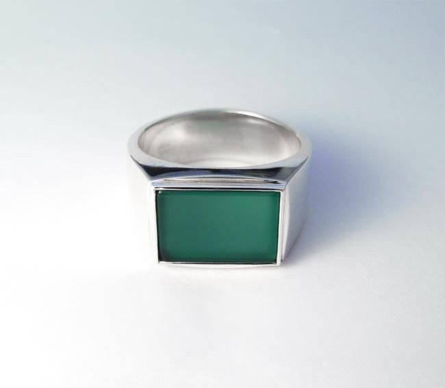 anello con sigillo in agata verde