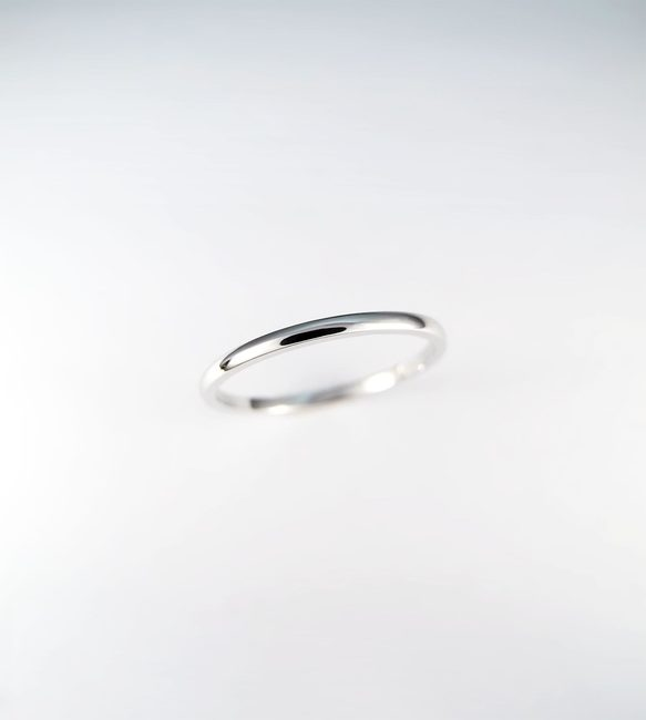 enostaven prstan belo zlato