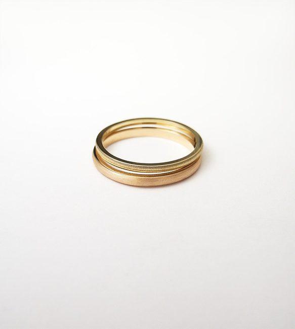 prstan minimalističen zlato mat obdelava
