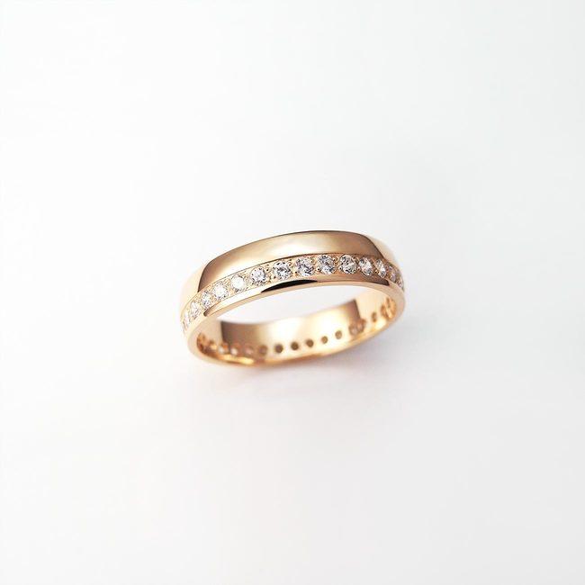 poročni prstan diamanti rdeče zlato