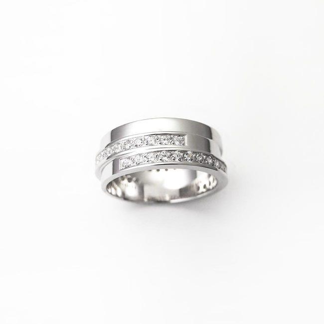poročni prstani zamaknjeno belo zlato diamanti