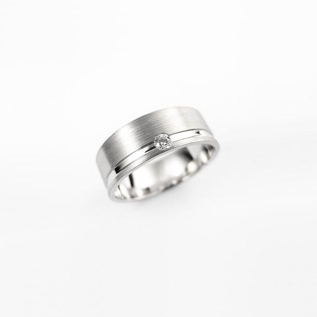 poročni prstan masiven diamant