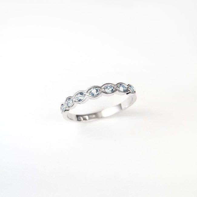 poročni prstan enostaven modri topaz