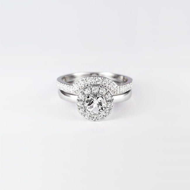 bogato poročni prstan in zaročni prstan diamanti zlato