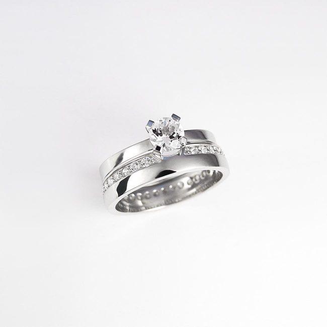 kombinacija bogato poročni prstan in zaročni prstan