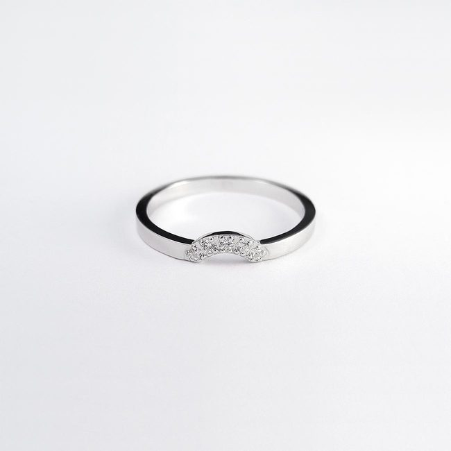 poročni prstan z zaročnim enostaven cirkoni