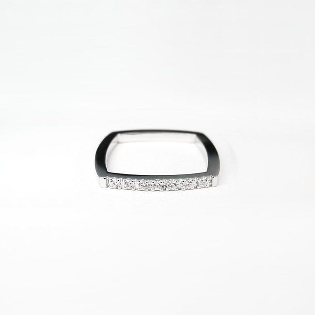 minimalističen poročni prstan stirikoten