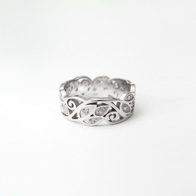 poročni prstani naravni vzorec listi zlato diamanti