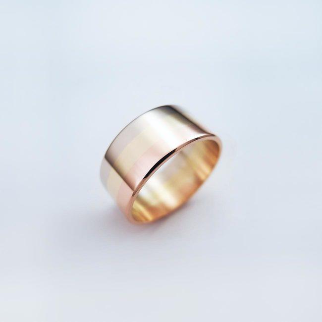 poročni prstan belo rumeno rdeče zlato