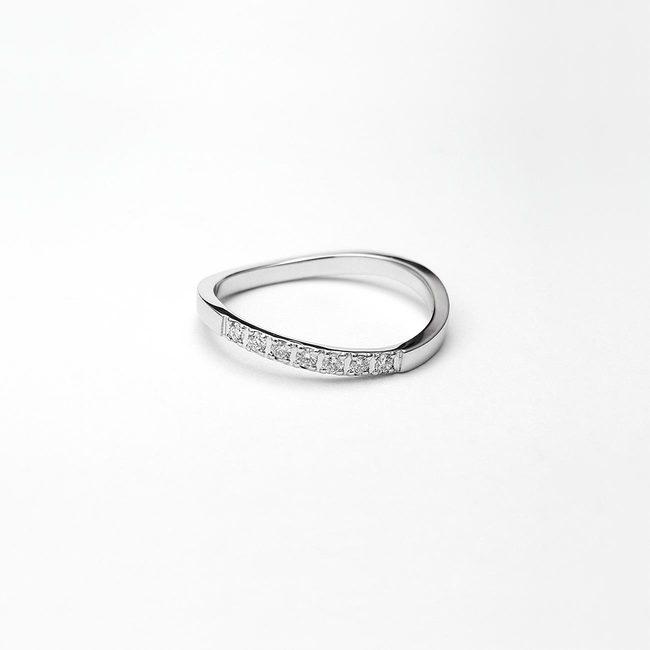 prstan zaročni prepletajoc