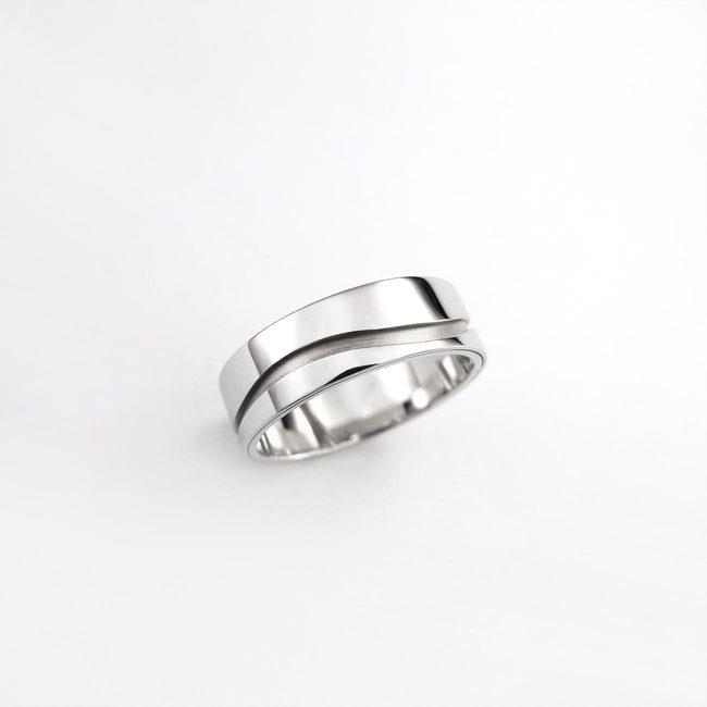 poročna prstana siroka vijuga zlato