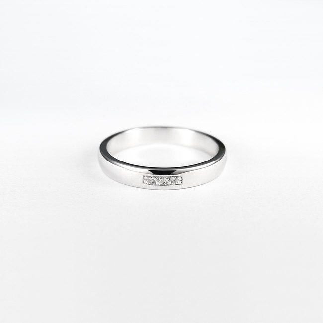 poročni prstani belo zlato in diamanti