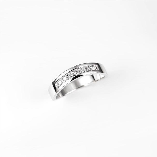 poročni zaročni prstan ukrivljen diamanti zlato