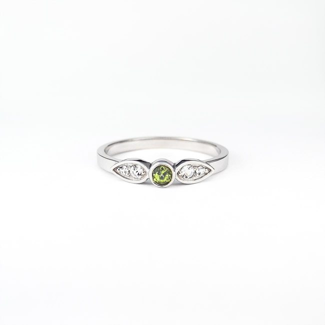 ring simple peridot topaz hvidguld
