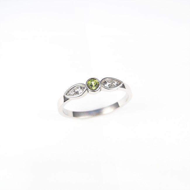 eenvoudige ring peridoot topaz wit goud