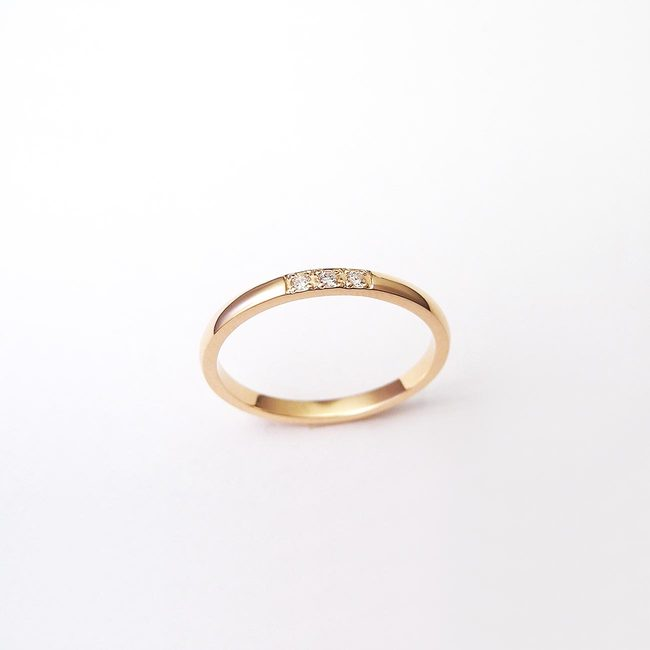 ring minimalistiske røde guld diamanter
