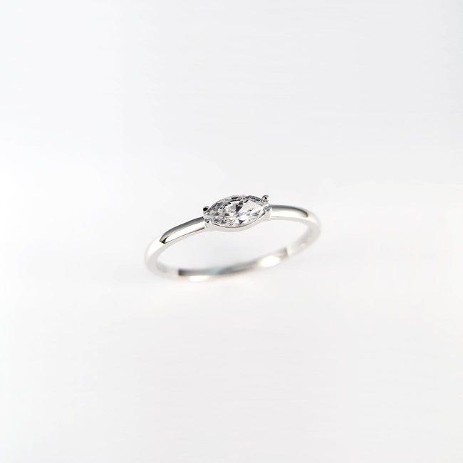 anello fascia moderna oro topazio zircone marquise