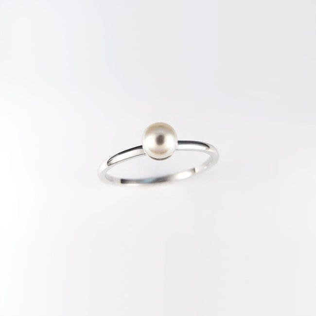 prstan modern zlat bel biser