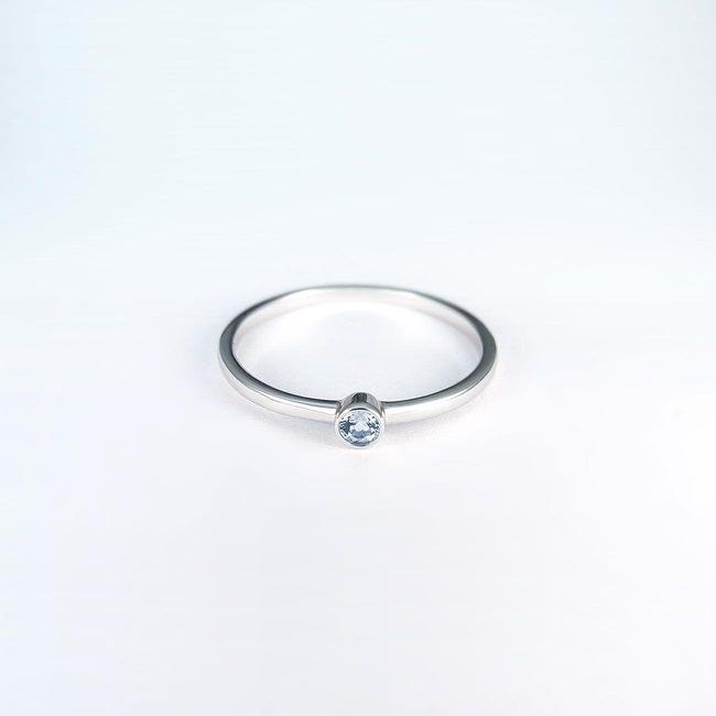 ringband eenvoudig modern goud topaas zirkonia