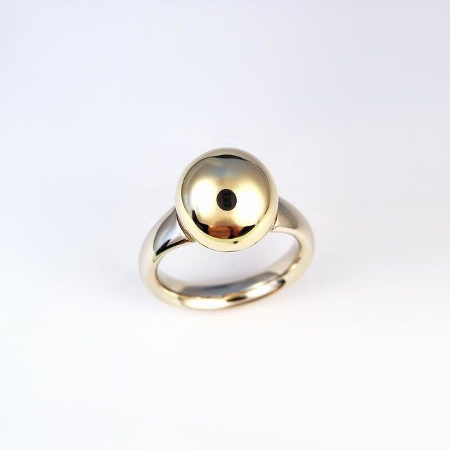 golden pearl gold ring white yellow gold