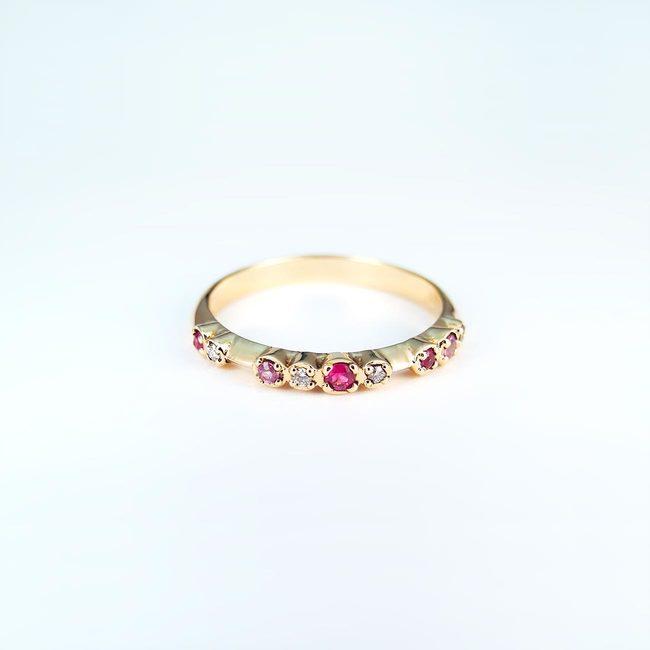 Verlobungsring Diamanten Rose Saphir rote Rubine