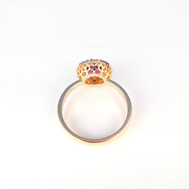 prstan roza zlato rodolit topaz detajl