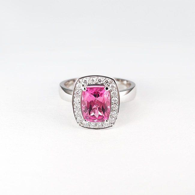 ring roze toermalijn diamanten goud