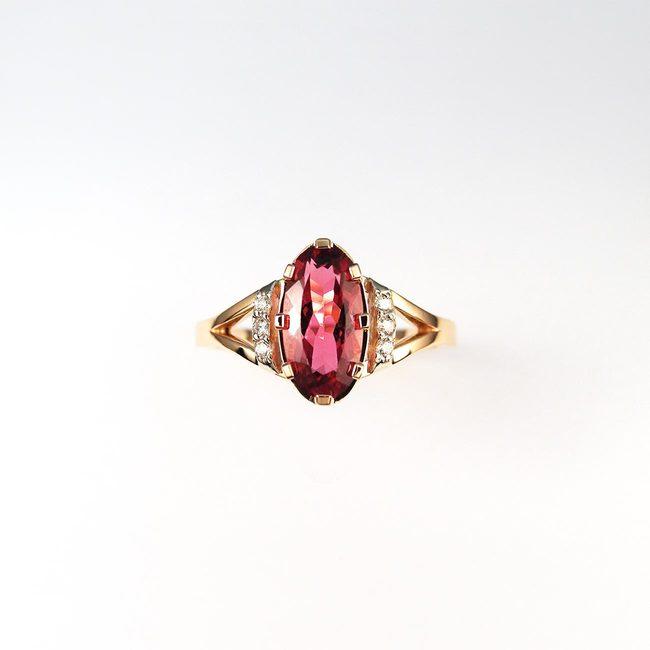 prstan roza zlato rubelit in diamanti