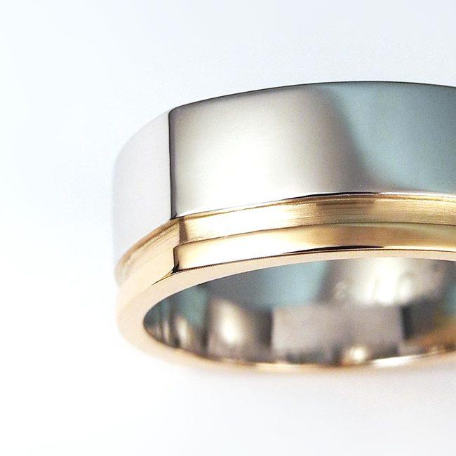 poročni prstan stirikotna oblika moški masiven kombinacija belo roza zlato