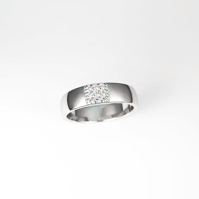 poročni prstan 3x3 diamanti pave belo zlato