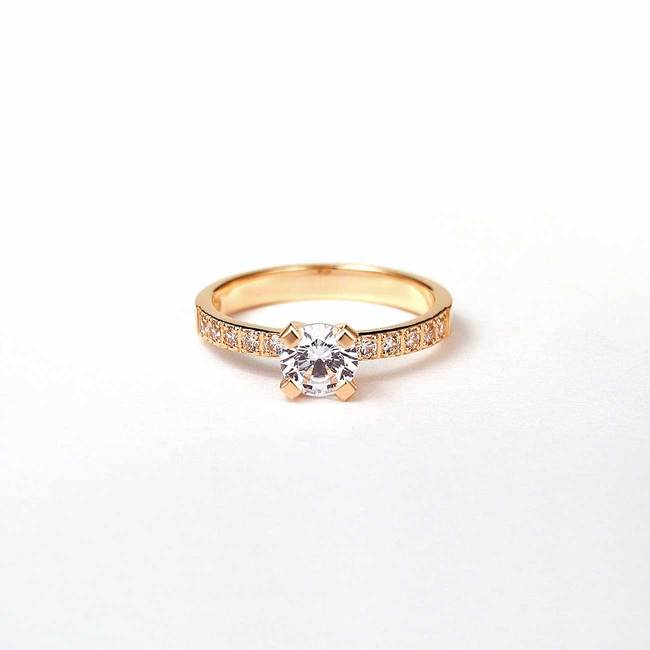 klasičen zaročni prstan roza zlato diamanti