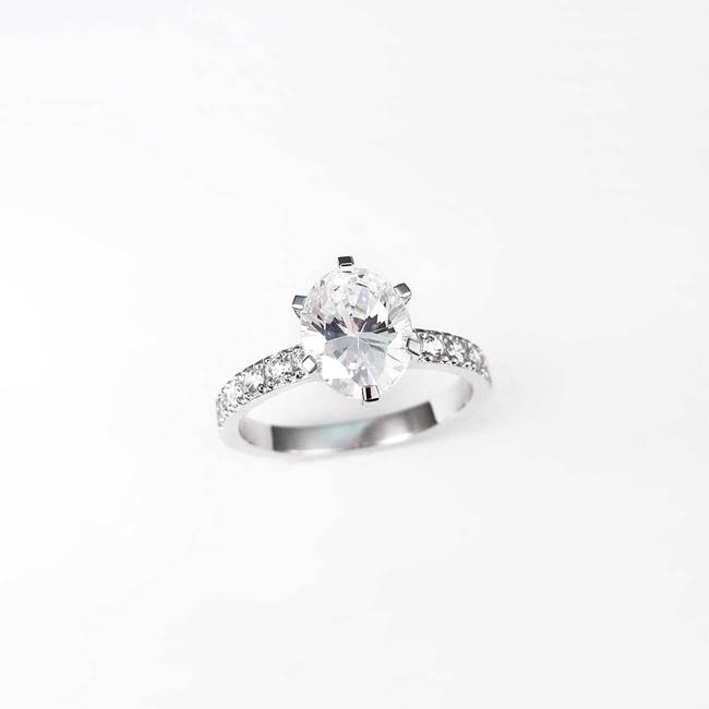 engagement ring oval stone cubic zirconia