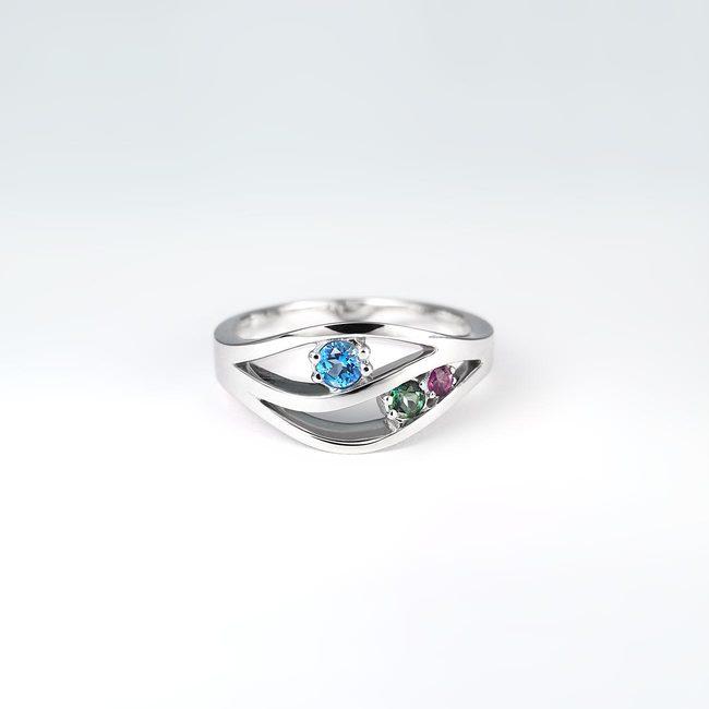 prstan naravne vijugaste oblike zlato topaz ametist