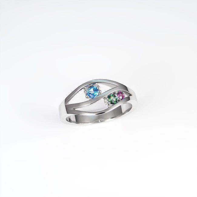 prstan naravne vijugaste oblike belo zlato ametist in topazi