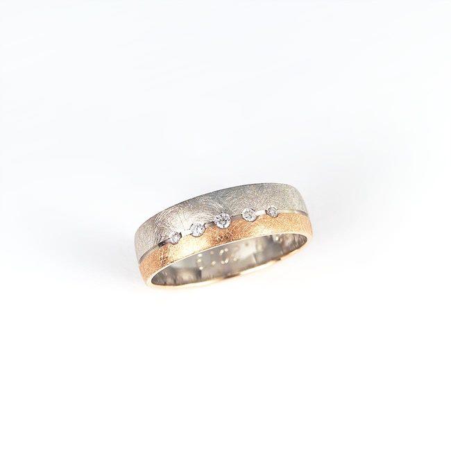 poročni prstan kombinacija belo roza zlato diamanti