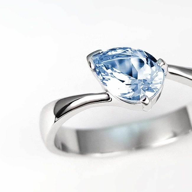zaročni prstan hruskasta oblika zlato poldrag kamen topaz zoom