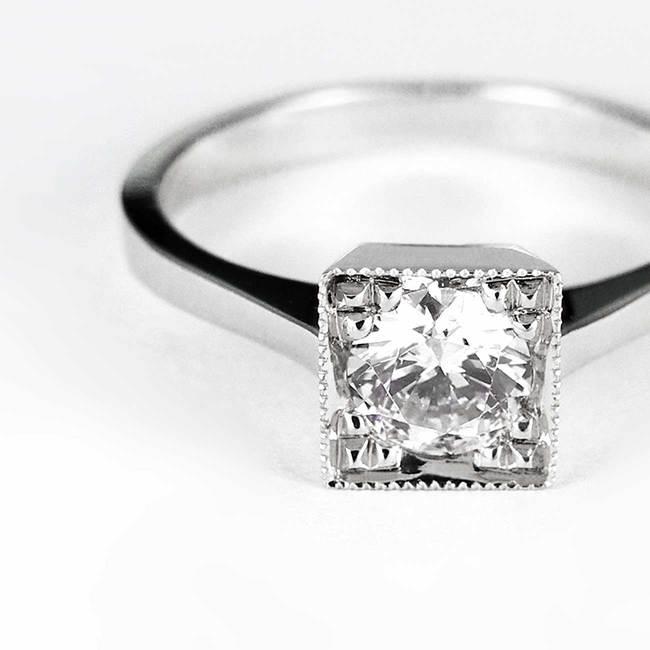 prstan zaročni kvadratne oblike povečava