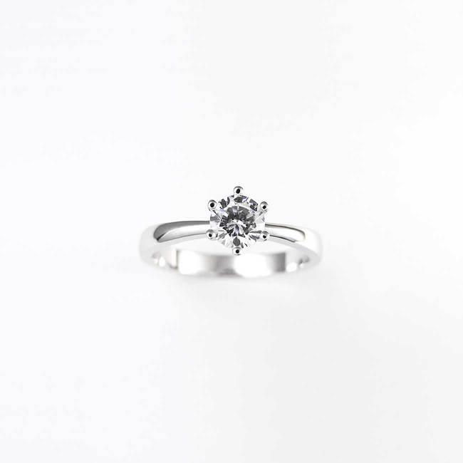 zaročni prstan minimalističen 6 krapn diamant cirkon
