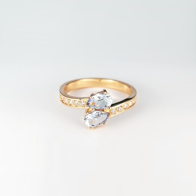 prsta zavito romanticno roza zlato diamanti topaz moder