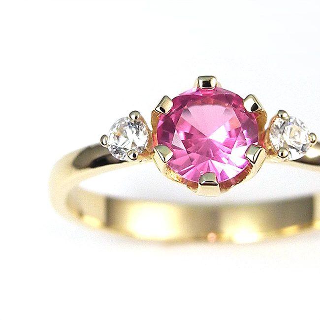 prstan sintetičen roza ametist rumeno zlato