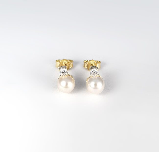 stud earrings white pearl and diamonds zirconia