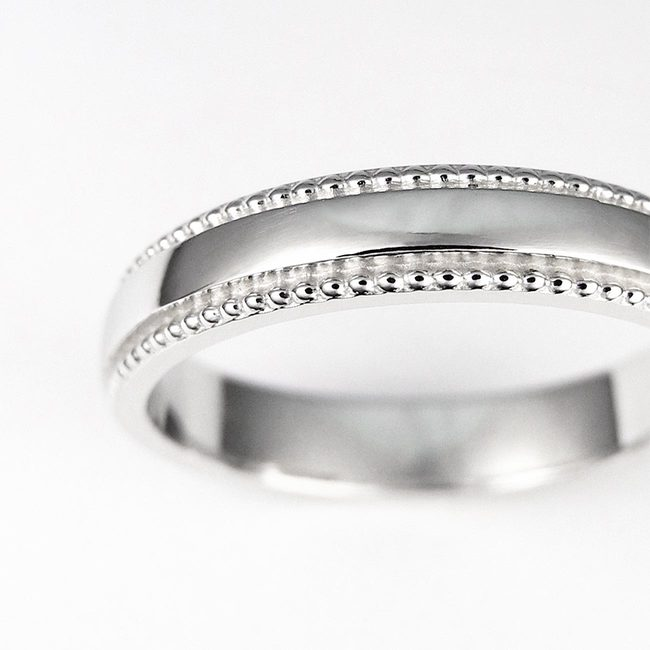 poročni prstan millgrain milgrif ob strani zoom