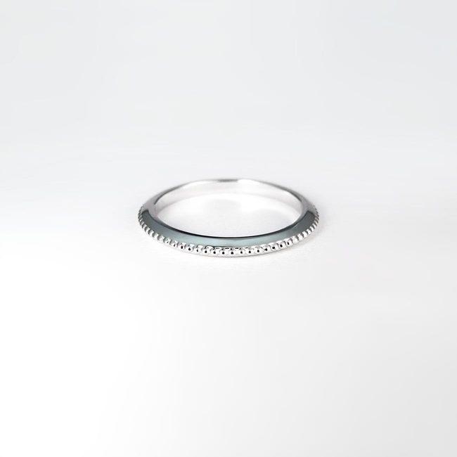 poročni prstan minimalističen millgrain zlato