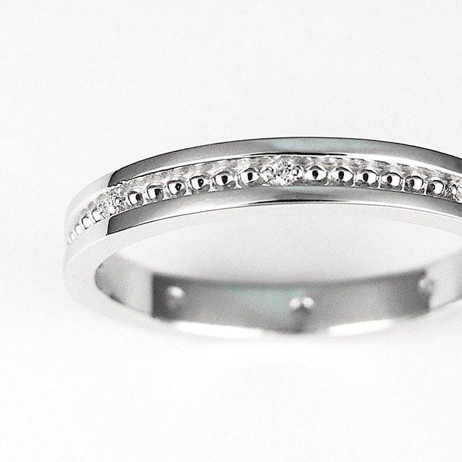 prstan millgrain po sredini z diamanti zoom
