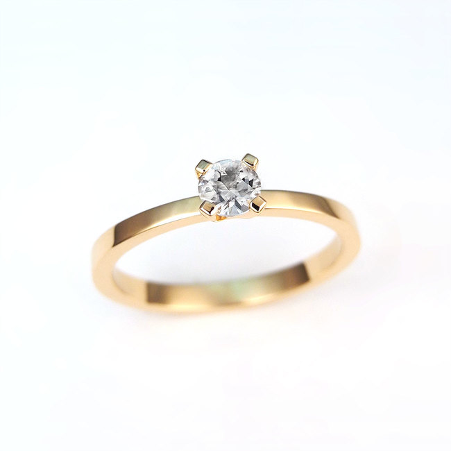 solitaire ring rose gold white diamond