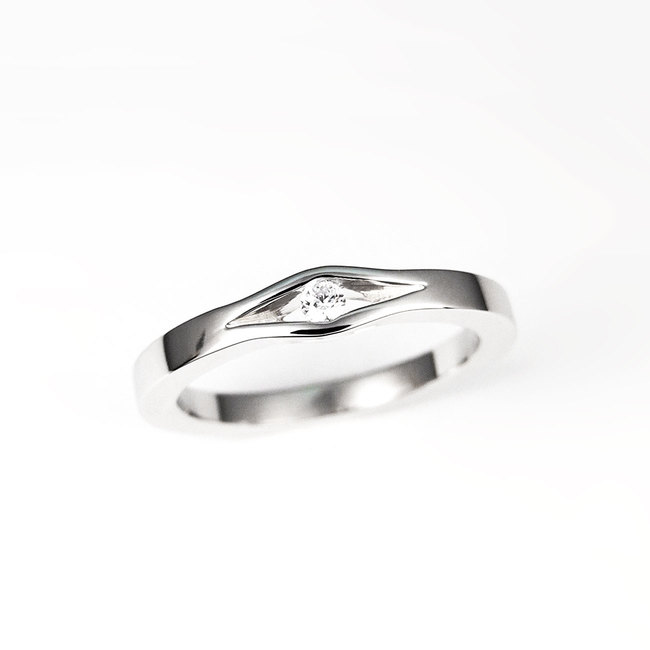 engagement ring diamond white gold minimalist design
