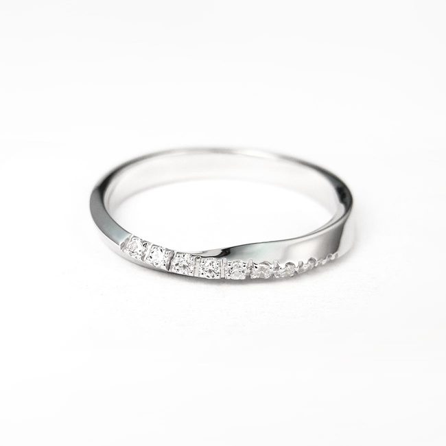 minimal engagement ring wedding band curved