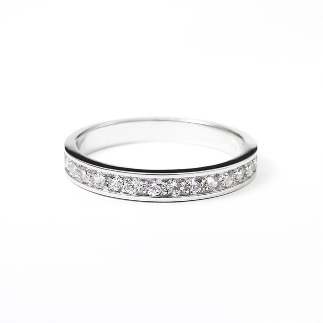 minimalist engagement ring with stones white gold diamonds line thin
