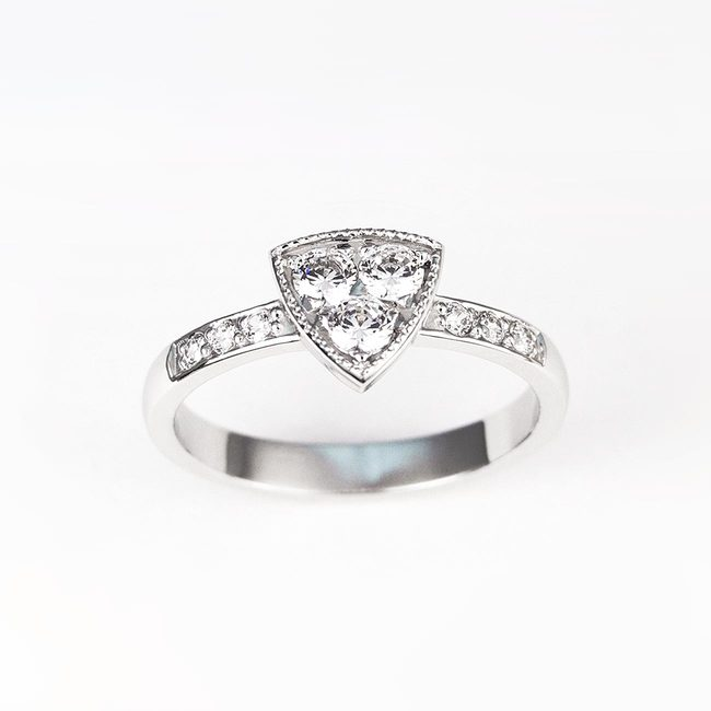 engagement ring triangle shape diamonds cubic zirconia