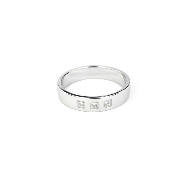 poročni prstan sirok trije diamanti